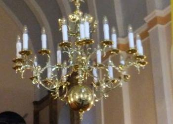 duży złoty żyrandol 3